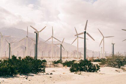 Wat gebeurt er met de klimaatagenda nu de focus van de overheid voornamelijk op andere zaken gericht is?
